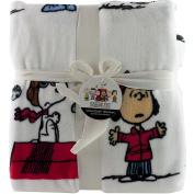 Berkshire Peanuts Snoopy Fleece Throw Full Queen Blanket 230cm x 230cm White