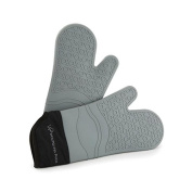 Wolfgang Puck Bistro Elite Silicone Oven Glove Set