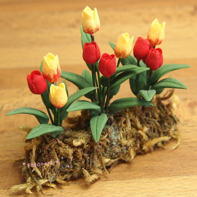 Bobominiworld Garden A Bunch Of Flower Tulip Dollhouse Miniatures Decoration 1:12 Scale Length 5.5cm Red