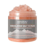 Mineral from the Dead Sea Himalayan Salt Scrub, Exfoliate and Detoxify, 590ml