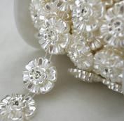 5 Yards 2.5cm Ivory Flower Pearl Rhinestone Chain Sew On Trims Wedding Dress Decoration LZ99