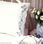 Design Works Crafts T230040 Blue Daisies, 50cm x 80cm Stamped Pillowcases for Embroidery