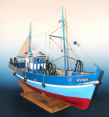St. Elme Guilvinec Sardine Trawler - premium, RC capable model ship kit by Soclaine