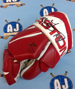 Steve Yzerman Detroit Red Wings & Autographed Game Used Hockey Glove