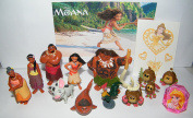 Disney Moana Movie Deluxe Party Favours Goody Bag Fillers Set with 12 Movie Figures, a Sparkle Ring and a Tattoo Sheet