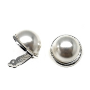 925m silver pearl earrings Law bocel average 16mm. [AB3561]