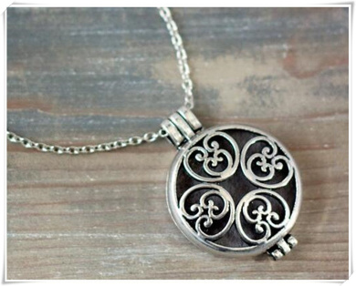 Aromatherapy Jewellery, Essential Oil Diffuser Necklace