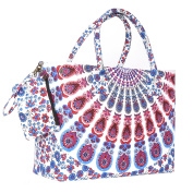 Trendy and Fashionable Beach Bag for a Beach Day
