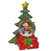 Christmas Tree Led Snow Globe With Santa & Present Figure