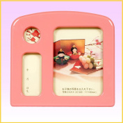 It is the bargain product only for visitors of the order with the doll for the privilege at the same time. The photo stands with music box