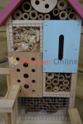 Wooden 6 Room Insect / Bug Hotel House For Garden In A Choice Of 2 Colours