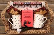 Deluxe Knightsbridge Very Berry Tea - Shortbread & French Jams Hamper - Perfect