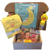 Memorable Gifts Baby Shower Bath Gift Set - Hooded Bath Towel, Animal Washcloth, Rubber Ducks, Waterproof Bath Books, Gift Bag,Tag and Tissue Paper