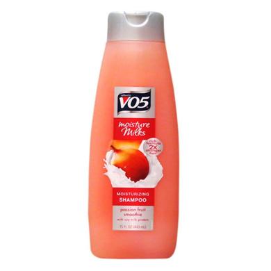 V05 Moisturising Shampoo With Passion Fruit Smoothie (443ml)