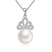 """""""Queen of My Heart"""" Elegant Single Freshwater Pearl Drop Necklace with Crown-Shaped Pendant Made with Crystals, Jewellery Gifts for Women Mum Bride, 46cm"""