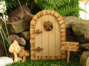Pebble Round Fairy Door. Three-Dimensional Self-Assembly Wooden Fairy Door Craft Kit with Large & Small Toadstool & Elf Sign