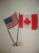 Canada Canadian w/ USA American Flag 10cm x 15cm Desk Set Table Stick Gold Base