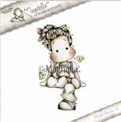 Magnolia Stamps Country Girl 2017 - Sitting Tilda With Clogs