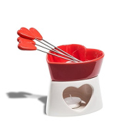 Melted chocolate in ceramic heart shaped red 4 spades