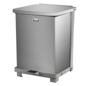 Rubbermaid Commercial Step-On Refuse Container, 151.4l