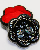 Traditional Chinese Plum Flower Shaped Trinket Box