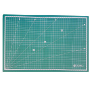 Professional Cutting 110cm x 80cm centimetres Base Auto cicatrizante of High Quality. Ideal for model Patchwork, Scrapbooking, and many other Crafts.