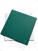 DAFA 360° Rotating Self Healing Cutting Mat 30cm x 30cm Similar to OLFA