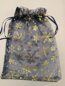 25 ORGANZA WEDDING PARTY favour BAGS CHRISTMAS SNOWFLAKES PATTERN 17 CM X 23 CM NAVY BLUE