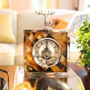 Edge to table Clock European-style Home Creative Desk Clock Creative Home Bedroom Bedside Mute Clock Pendulum Clock Decoration