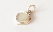 Small heart white mother of pearl pendant