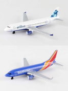 Jetblue, Southwest Airlines Diecast Aeroplane Package - Two 14cm Diecast Model Planes