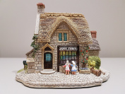 Lilliput Lane - Penny Sweets, Made In England