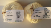 Pack of 2 Reels of Merino Wool in White Wick Thick 100 Grammes 93 Metres Needles 7 – 10