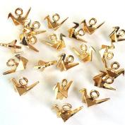 Four-dimensional gable charm