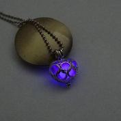 ZHUOTOP Fashion Legend of Zelda Hollow Glow In Dark Love Heart Pendant Necklace