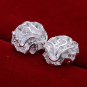 MOMO a Pair of Roses Ear Rose Rose Silver Jewellery Simple Earrings / Stainless Steel / Anti-allergic / Silver Flashing / Small and Exquisite / Zirconia Made