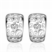 MOMO a Pair of Fashion Geometric Silver Earrings / Stainless Steel / Anti-allergic / Silver Flashing / Small and Exquisite / Zirconia Made