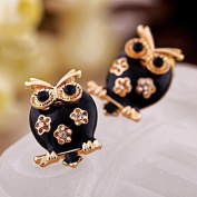 Hoot Hoot Owl Earrings Gold