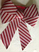 36cm x 46cm Red/white glittered plastic candy stripe bow