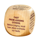 Wooden Prayer Cube with Fasting Prayers, 4.1cm
