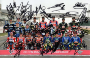LIMITED EDITION MOTOGP RIDERS 2017 SIGNED PHOTOGRAPH + CERT PRINTED AUTOGRAPH