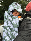 BundleBean babywearing:all-weather waterproof sling and carrier cover sage-grey Polar Bears
