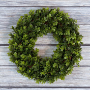 Boxwood Wreath, Artificial Wreath for the Front Door by Pure Garden, Home Décor, UV Resistant - 30cm