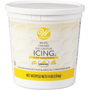 Wilton 710-4365 Decorator Icing 1.8kg. Tub, White