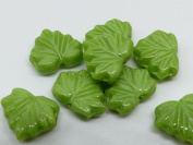 15 (PCS) X 13mm HEART SHAPED CZECH GLASS LEAF BEADS - SILK GREEN - Z063