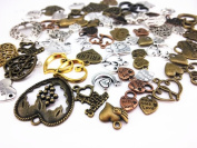 Zhichengbosi 100 Gramme (Approx 65pcs) Assorted DIY Antique Heart Charms Pendant Craft Making Accessory