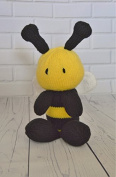 KNITTING PATTERN Bee Soft Toy From Knitting by Post