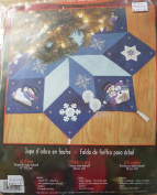 Bucilla Let It Snow 110cm Round Felt Tree Skirt Kit